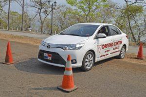 Examen Práctico: Estacionamiento Reversa